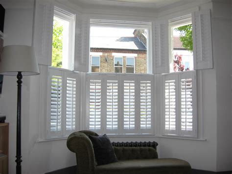 perfect blinds  shutters   bay window complete blinds