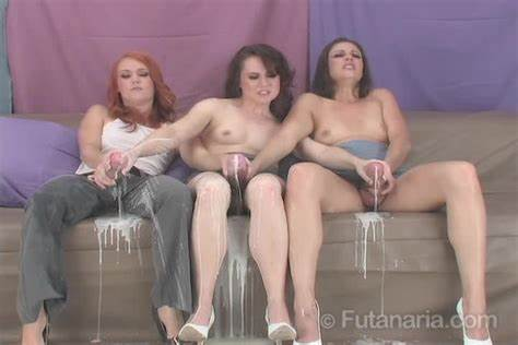 Large Aunty Creamy Enjoy A Fountain Futanari Several