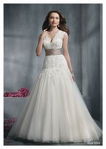 Dressing for body type for Wedding dress for large bust