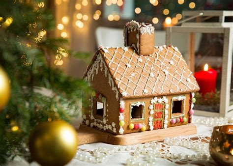We Compared The Best Build-your-own Gingerbread House Kits
