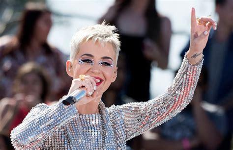 Charts Billboard Magazine Logo charts katy perrys witness debuts  number 1024 x 662 · jpeg