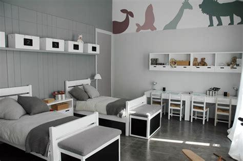Small Bedroom Idea by Dormitorio Infantil En Tonos Neutros Decopeques