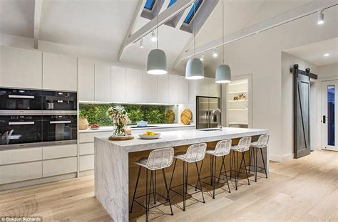 wine rack kitchen island the block winners darren and deanne jolly sell their