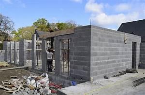 construction d39une maison a saint gregoire les travaux With prix des gros oeuvres maison