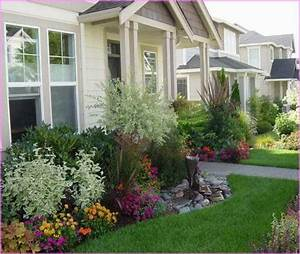 Best 25 small front yards ideas on pinterest small for Townhouse landscaping ideas for front yard