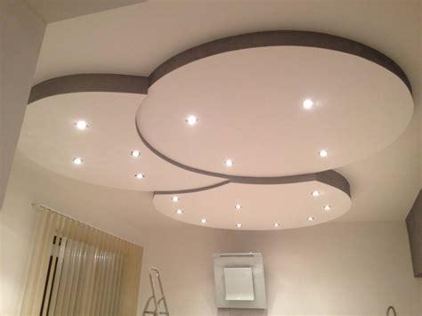 modele de chambre a coucher simple plafond placoplatre modèles simple moderne decoration