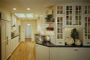 Kitchen, White, Country, Style, Galley, -, Decoratorist