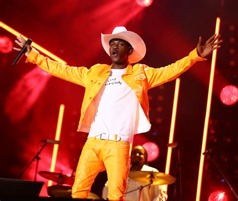 Full book chapters, including chapter 21, 22. Dwayne Wade Shows Support To Lil Nas X   99.3-105.7 Kiss FM