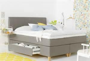 Y F Furniture