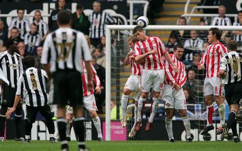 Newcastle 3-2 Sunderland: Emre hits a winning free-kick on ...