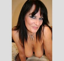Mature Women Demo Hot English Milf Playing With Herself