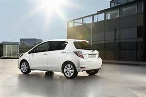 Toyota Yaris Hybride Chic : toyota yaris hybride premi re de la classe petites observations automobiles poa ~ Gottalentnigeria.com Avis de Voitures