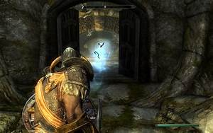 Third person over the shoulder view mod at Skyrim Nexus ...