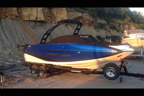 Moomba Boats Raptor by 2015 Moomba Mojo 400 Raptor Engine With Auto Surf System