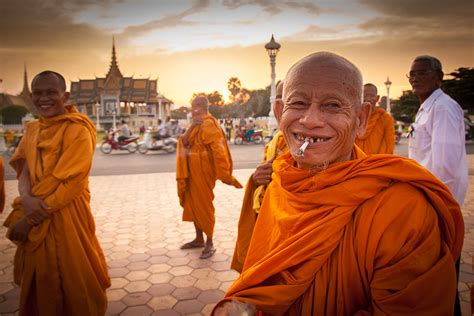 Strong Colors Photographing The Monks In Southeast Asia