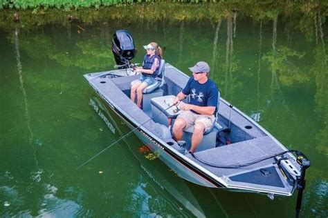 Best Bass Fishing Boats Reviews by 2015 Tracker Panfish 16 Boat Review Top Speed