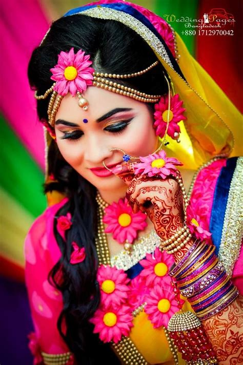 colourful gaye holud jewelry indian wedding bride