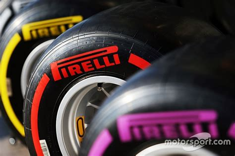 F1 Teams Bank On Supersoft Tyres For Russian Gp