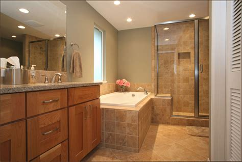 Ideas For Remodeling A Small Bathroom by Bathroom Small Brown And White Themed Master Bathroom