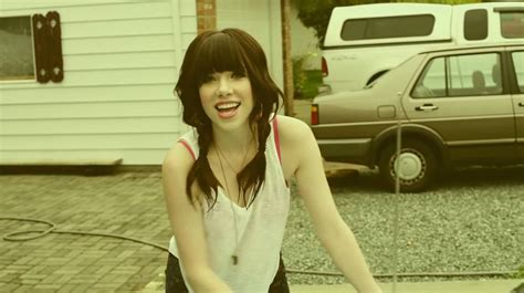 Carly Rae Jepsen's Call Me Maybe Viewed 1 Billion Times On