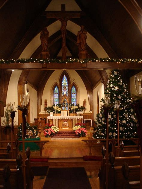 filest agnes church algoma wi interior  christmasjpg