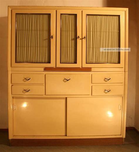 küchenschrank 60er jahre k 252 chenschrank 50er oder 60er jahre zum restaurieren duco deco jugendstil