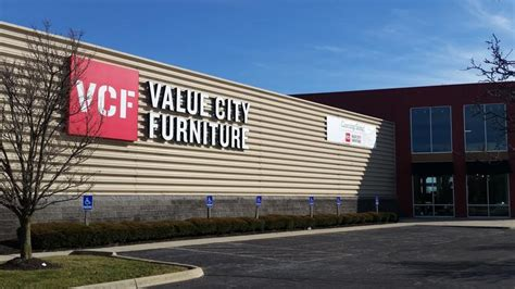 value city furniture outlet value city furniture takes kittle s spaces at easton and