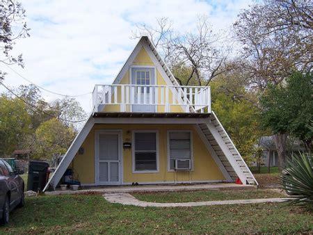 Unique Small Houses Uniquehouses