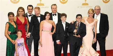 modern family abc season 6 release date 2014 announced kicking wednesday nights including