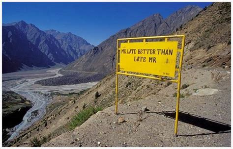unusual road signs northern india