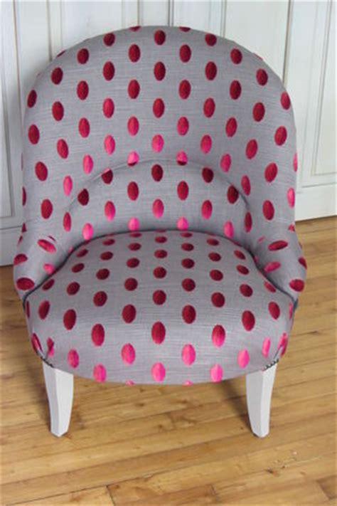 recouvrir un fauteuil crapaud fauteuil crapaud relooking fauteuil crapaud fauteuils et chaises