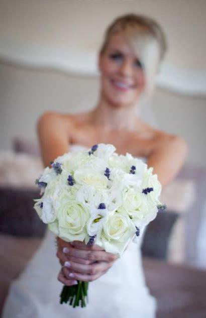 sorori flower design wedding flowers  bristol