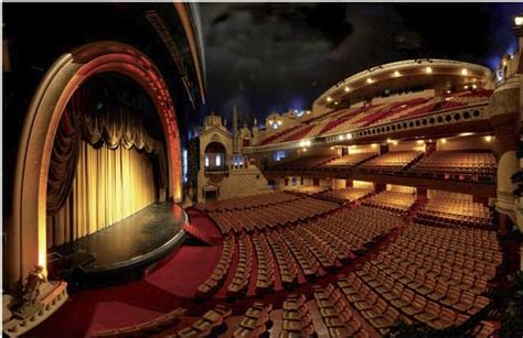 plus grande salle cinema les grands boulevards