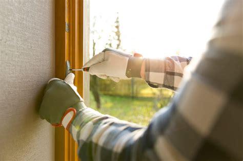 Gewächshaus Fenster Einbauen by Gartenhaus Fenster Einbauen Abdichten So Gehts Richtig