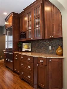Transitional, Kitchen, Cabinets, With, Mosiac, Tile, Backsplash