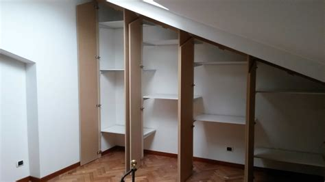 mensole armadio mensole interne armadio mansarda il legno arredamenti d