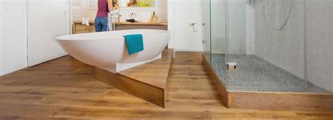 Holz Im Badezimmer by So Klappt 180 S Mit Dem Holzboden Im Bad Holz Vom Fach