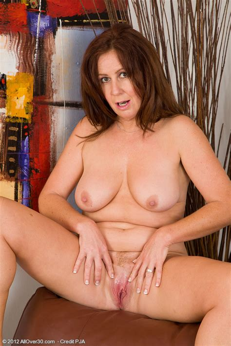 Sexy Mature Carol Foxwell Tease And Get Naked Milf Fox