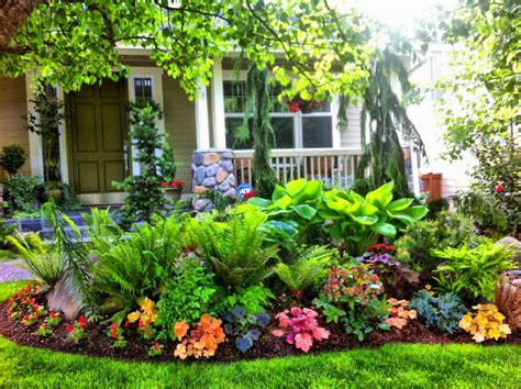 beautiful front yards awesome 45 fresh and beautiful front yard landscaping ideas on a budget https livinking com