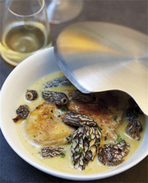 cuisines et vins de recettes poularde aux morilles et au vin jaune pour 8 personnes