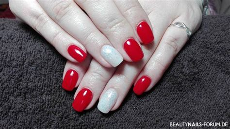 rote nägel mit steinchen rote n 228 gel mit nageldesign