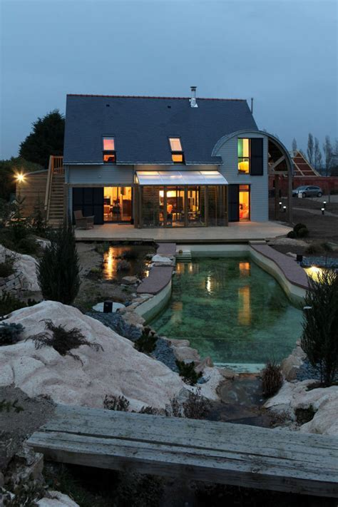 Eco Friendly House by Patrice Bideau in France
