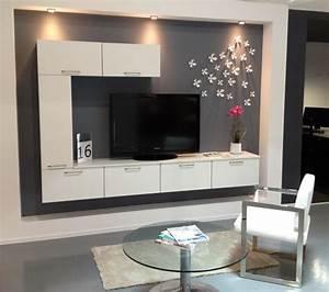 Meubles tv gamme de meubles tele cuisiniste aviva for Deco cuisine pour meuble tv suspendu