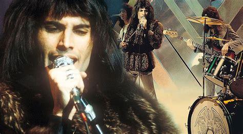 Queen Crash Late Night Tv, 28-year-old Freddie Mercury