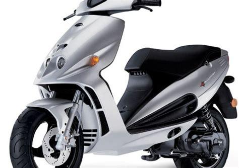 malaguti phantom f12 malaguti f12 phantom 50 2002 06 prezzo e scheda tecnica moto it