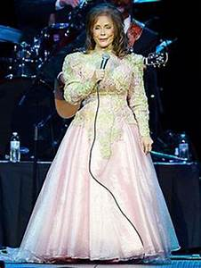 1000 Images About Loretta Lynn Wears Gorgeous Gowns On