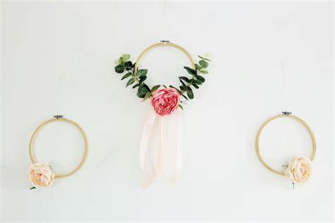 Stickrahmen Selber Machen by Diy Deko Mit Stickrahmen Und Blumen Selber Basteln
