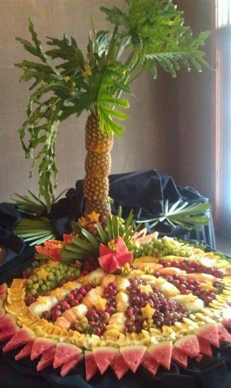 paradise cuisine catering  weddingwire fruit