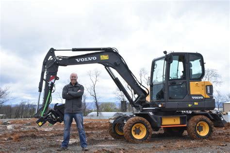 editor  large visiting volvo construction equipment