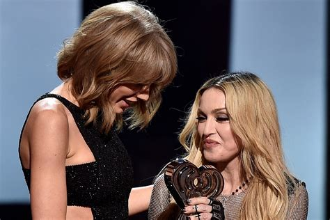 Taylor Swift Wins Song of the Year at iHeartRadio Awards